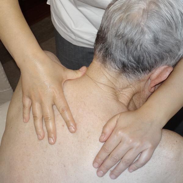 Masajes terapéuticos Ángela Cobos